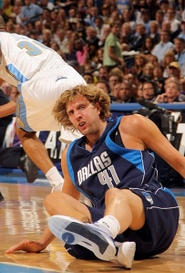 Dirk hit the...dirt.  Dallas out.