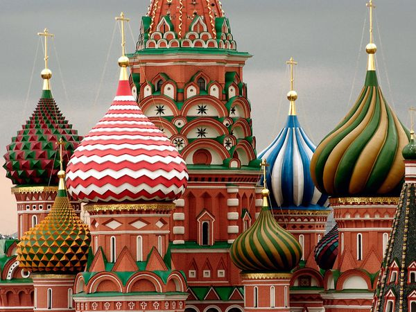 st basil cathedral onion domes