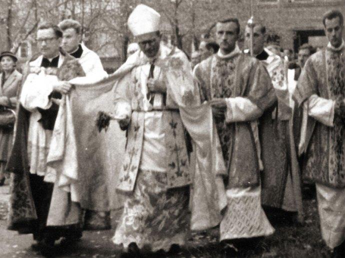 Bishop Karol Wojtyla entering cathedral in Krakow