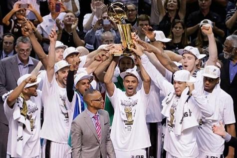Spurs champions