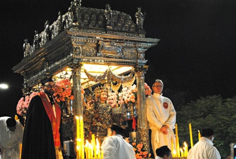 Procession St Agatha relics