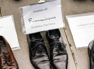 Pope Francis shoes Paris