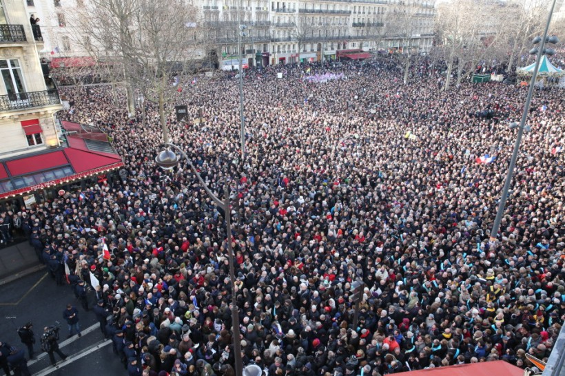 Mass Unity Rally Held In Paris
