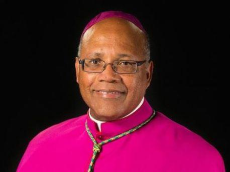 636075496083502890-Bishop-Martin-Holley