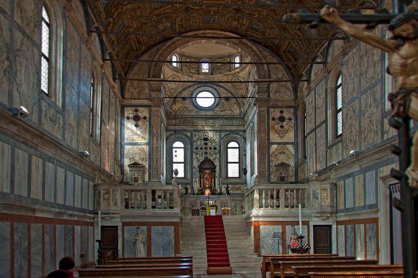 Santa_Maria_Dei_Miracoli_interior Venice