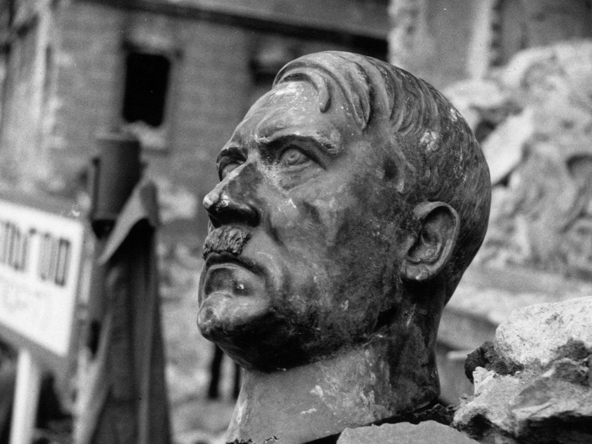 Hitler broken statue